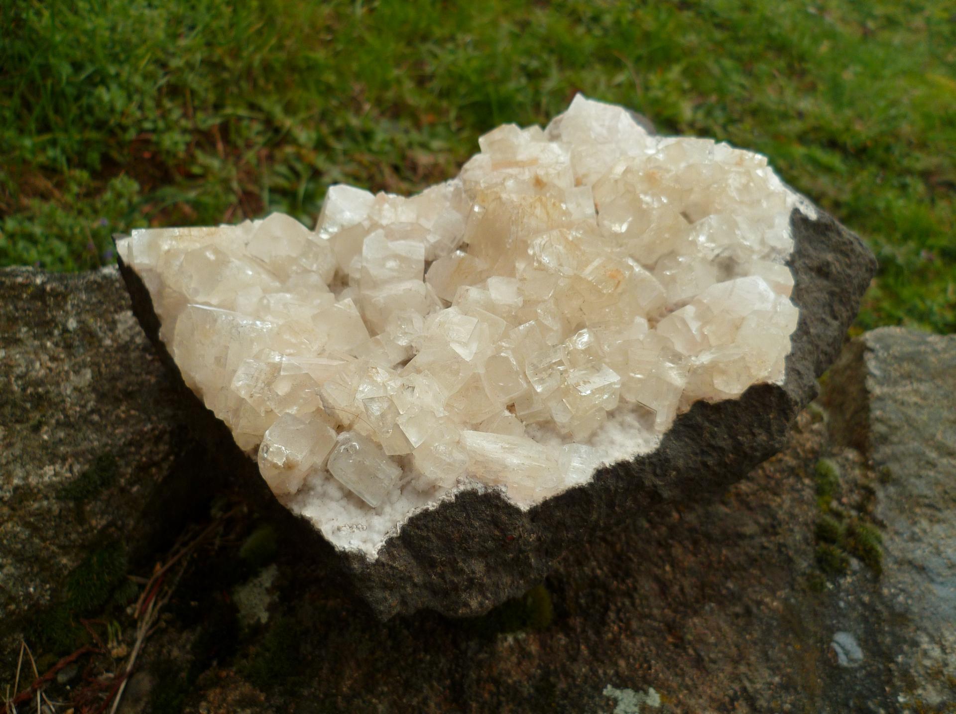Apophyllite 2