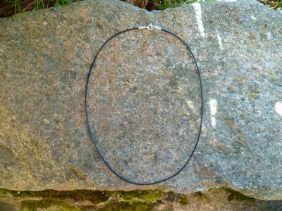 Cordon collier cuir avec fermoir 40 cm